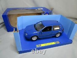 AR657 REVELL 1/18 VW VOLKSWAGEN GOLF GTI BLEUE Ref 08862 TRES BON ETAT