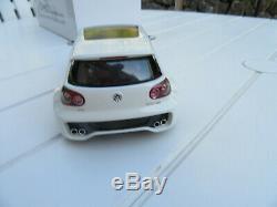 Volkswagen golf v gti w12 otto 1/18 edition limitee 1421/3000 en boite